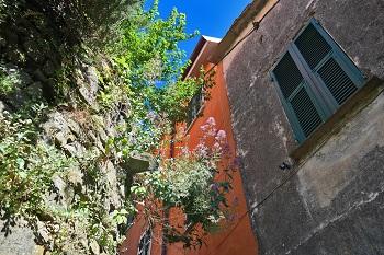 Tivegna, Liguria